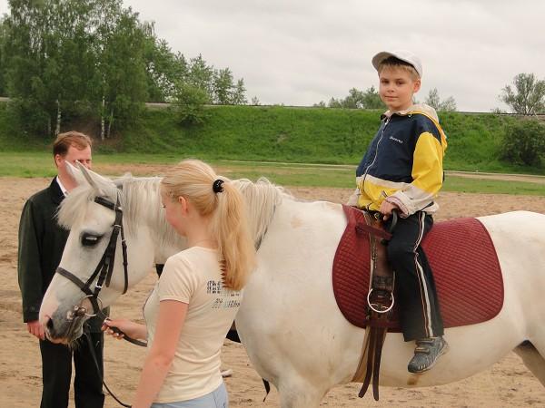 Иппотерапия и лечебная верховая езда (ЛВЕ) - Сережа