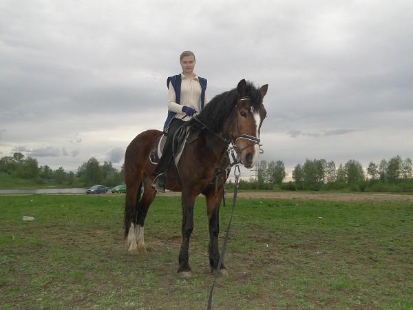 Иппотерапия и лечебная верховая езда (ЛВЕ) - Занятие ЛВЕ. (маай 2012) Ольга на Хохме