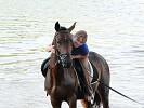 Лошади - Купание. Ирина и Водопад